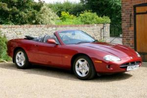 1997 Jaguar XK8 Convertible Photo