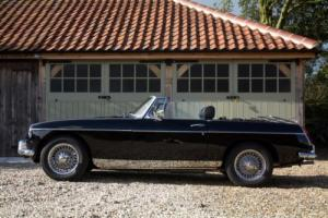 1967 MGB Roadster - Stylish black & wonderful to drive