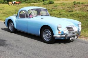 MGA Twin Cam MGB 1960 Coupe MG Roadster MGC Photo