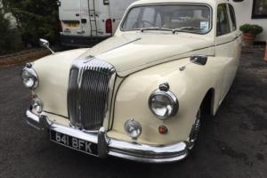 DAIMLER MAJESTIC SALOON WHITE CLASSIC CAR for Sale