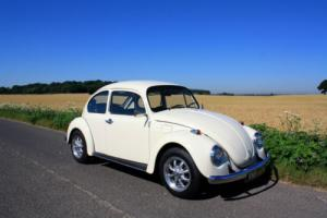 Volkswagen Beetle – 1974 – Finished in stunning Pastel White.