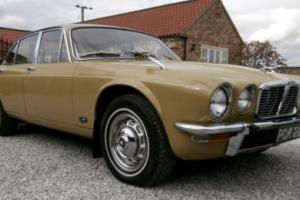 Jaguar XJ6 4.2 ( Very rare, Series two, SWB, manual overdrive, 45,900 miles )