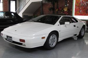1988 Lotus Esprit Turbo Photo