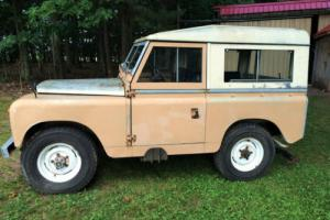 1967 Land Rover Series 2A 88 Photo