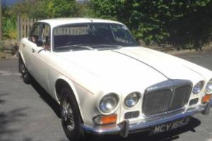 *1970 DAIMLER 4.2 V8 AUTO SOVEREIGN RED LEATHER, ONLY 75000 MILES*