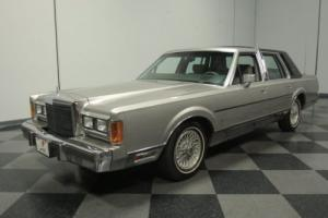 1989 Lincoln Towncar Signature