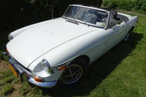 1973 MG MGB Photo