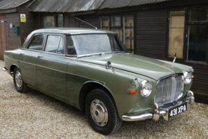 ROVER 3 - LITRE P5 SALOON - EXCELLENT WITH JUST 66,000 MILES FROM NEW !!