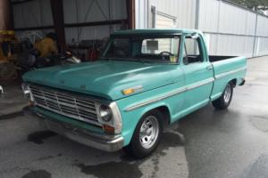 1969 Ford F-100