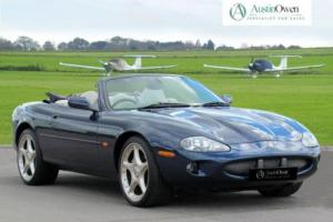 2000 W JAGUAR XKR 4.0 XKR 2D AUTO 370 BHP Photo