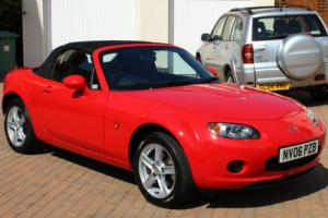 2006 MAZDA MX5 CONVERTIBLE, TRUE RED, BLACK FABRIC SOFT TOP, EXCEPTIONAL CAR...