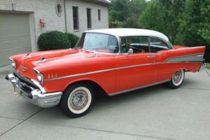 1957 Chevrolet Bel Air/150/210 2 Door Hardtop