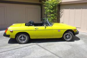 1975 MG MGB Photo