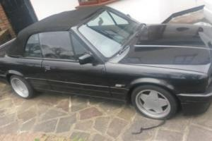 BMW E30 325I CONVERTIBLE WITH HARDTOP & WIND DEFELCTOR