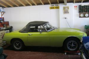 MGB ROADSTER 1974 CHROME BUMPER 10 MONTHS MOT. NEW TYRES, NEW SOFTOP .
