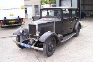 La Licorne 4 Door Saloon 1927