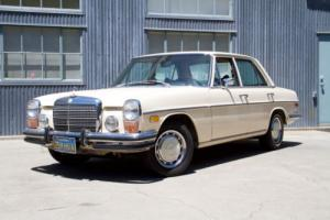 1973 Mercedes-Benz 200-Series