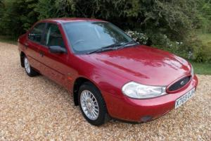 FORD MONDEO VERONA 1-OWNER 18000 MILES 12 SERVICE STAMPS YEAR 2000 X-REG