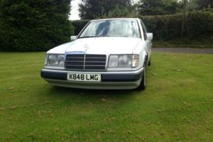 1992 W124 MERCEDES 200E AUTO, SALOON, 139,000, MOT 17/04/2017, READY TO ENJOY!!