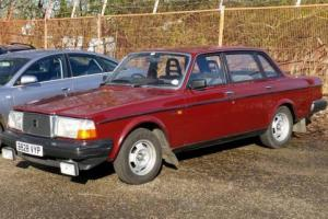 CLASSIC 1984 VOLVO 240DL AUTOMATIC Photo