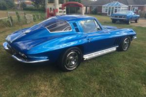 1965 CHEVROLET CORVETTE 350/V8 AUTO COUPE...BARGAIN !