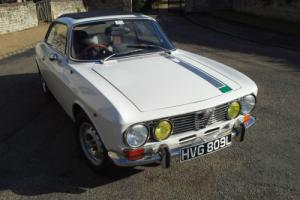 Alfa Romeo 2000 GTV. Well-sorted reliable 1972 Bertone GT Veloce. RELISTED