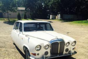 1974 Jaguar Daimler DS420 Photo