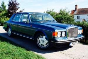 1985 BENTLEY EIGHT 6.75 LITRE V8 SALOON IN DEEP OCEAN BLUE WITH CREAM LEATHER