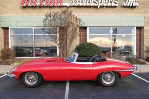 1965 Jaguar E-Type Photo