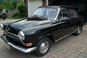 1970 VOLGA M-21 Photo