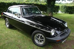 MG B GT 1.8 BLACK RUBBER BUMPER 1977