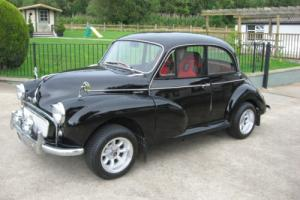 1957 MORRIS MINOR BLACK (may px larger classic)
