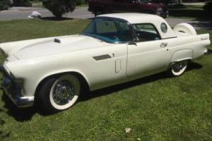 1956 Ford Thunderbird