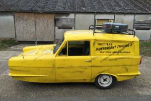 Reliant Regal Supervan 3, not Robin! Trotter van, Delboy Only Fools & Horses 111 Photo