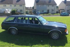 Mercedes Benz 280te classic car 1980