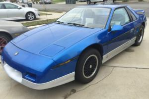 1985 Pontiac Fiero Photo
