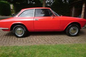ALFA ROMEO GT 1750 VELOCE '69 RARE SERIES 1 SOLID,PRESENTS WELL & V.USABLE RHD