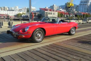 Jaguar: XK 2-door, 2-seater convertible Photo