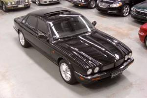 1998 Jaguar XJ8 4L V8 Sport in VIC