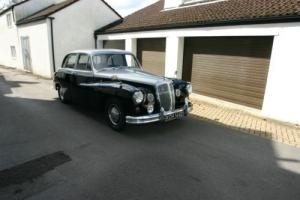 Daimler Majestic Major 4.5 Litre V8 Very low miles from new