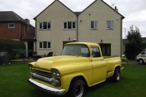 1958 Chevy Pick up 283 / V8, Step Side, Chevrolet, Real Eye Catcher