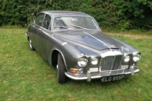 classic cars barn finds Daimler sovereign