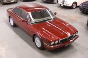 1999 Jaguar XJ8 3 2L V8 in VIC