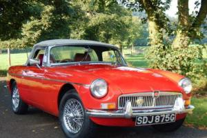 MGB ROADSTER 1968 RED