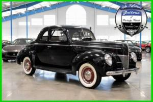 1940 Ford 5-Window Coupe Deluxe