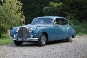 1959 Jaguar MK9 Photo