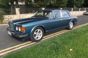 BENTLEY TURBO R Finished in lagoon blue with parchment hide