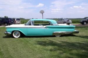 1959 Ford Galaxie Fairlane 500