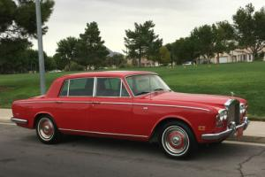 1972 Rolls-Royce Silver Shadow RARE LONG WHEEL BASE NICE AND CLEAN