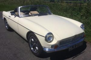 MGB Roadster 1950cc Tax Exempt 1971 Original Chrome Bumper Photo